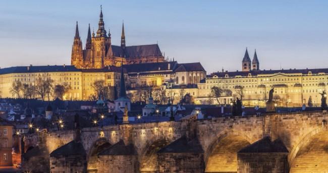 Prague Castle Plans Zeman's Grand Journey to China