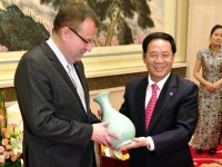Guvernér provincie Zhejiang děkuje za podporu jeho misi