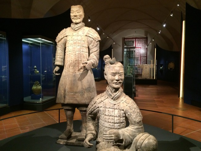 秦兵俑 — 布拉格城堡的新卫士