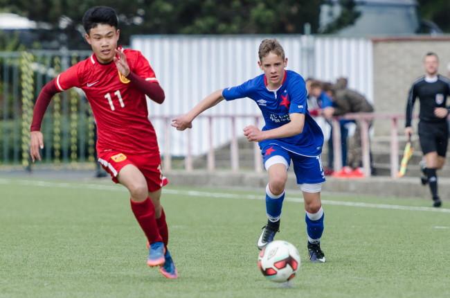 Mládežnický turnaj Slavia International Cup přispěl k výměně zkušeností ve fotbale mezi evropskými a čínskými týmy